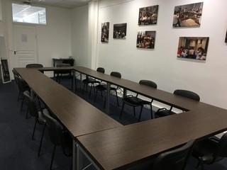 Paris  Salle de réunion Beauté Partner image 2
