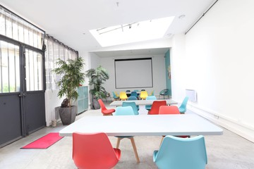 Paris training rooms Private residence ARTY LOFT image 0