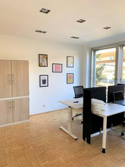 Rest der Welt   Exclusive day office  located directly at the Rhine image 3