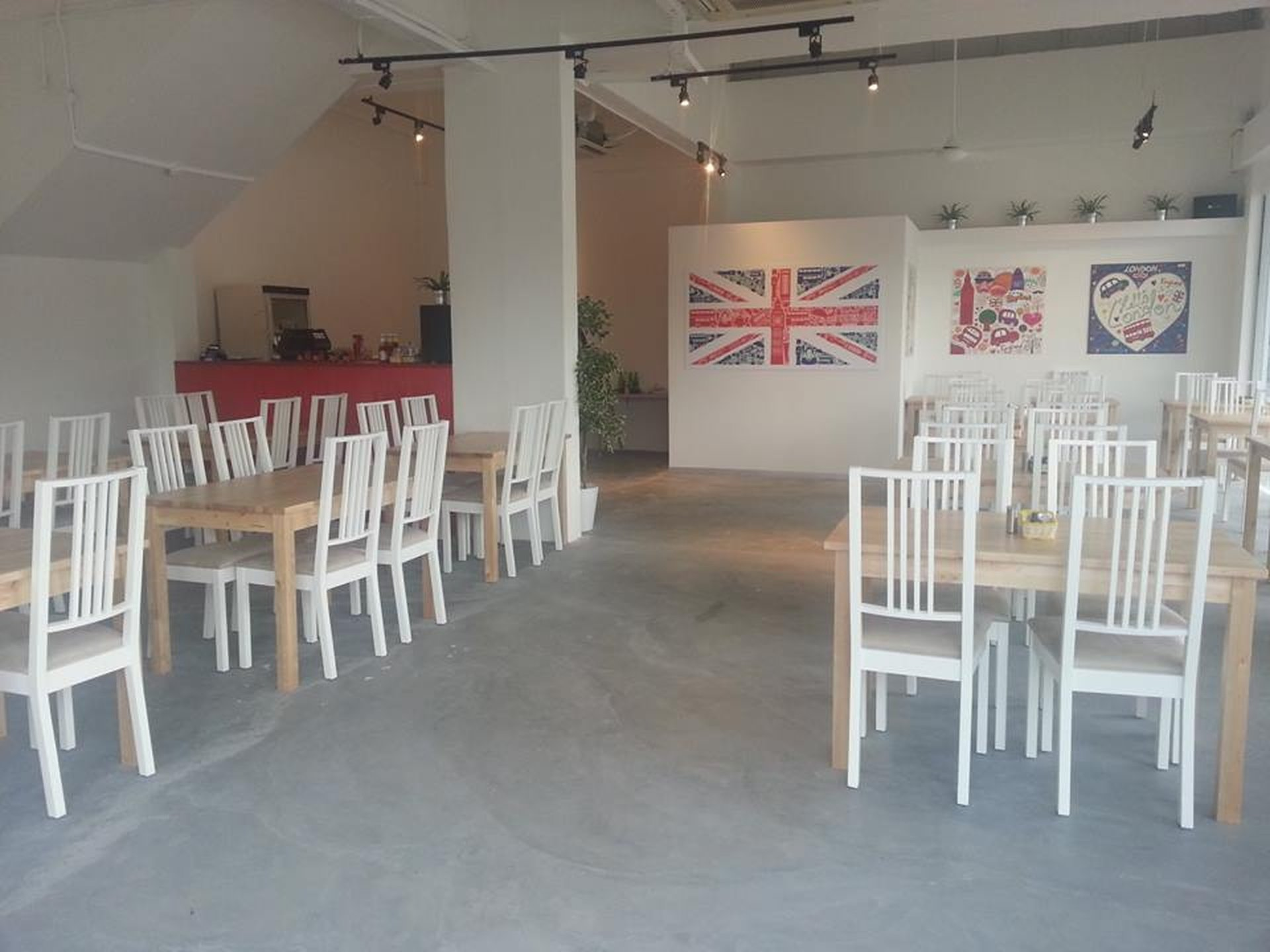 Rest of the World training rooms Restaurant The Boaters Cafe image 0