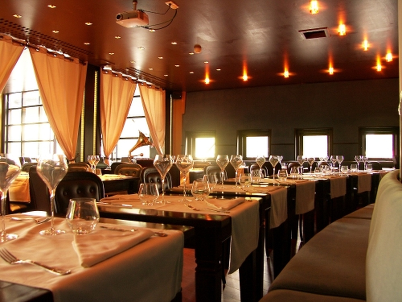 Paris corporate event venues Restaurant Le Salon image 11