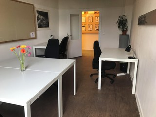 Hamburg training rooms Coworking space Small conference room in the best atmosphere image 1