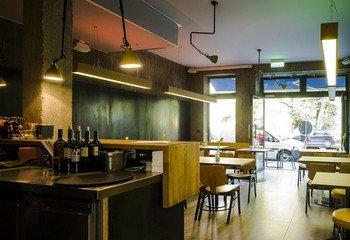 München corporate event venues Restaurant Picnic Restaurant Bar image 11