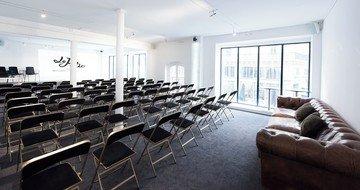 Paris corporate event venues Salle de réception Le Patio - Le Studio image 6