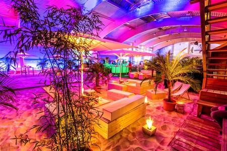 Berlin corporate event venues Partyraum Beach Berlin - Indoor BeachCenter image 11