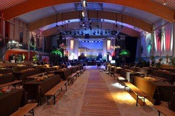 Berlin corporate event venues Salle de réception Beach Berlin - Indoor BeachCenter image 11