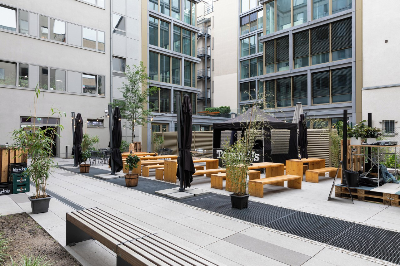Berlin training rooms Hof Silicon Allee Courtyard image 0