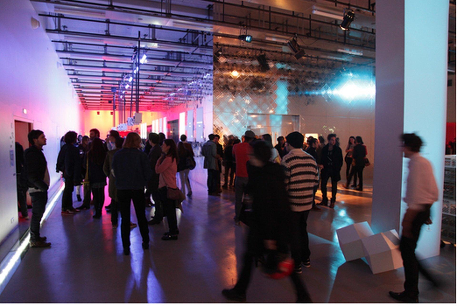 Paris corporate event venues Party room La gaîte lyrique - Modern foyer image 0