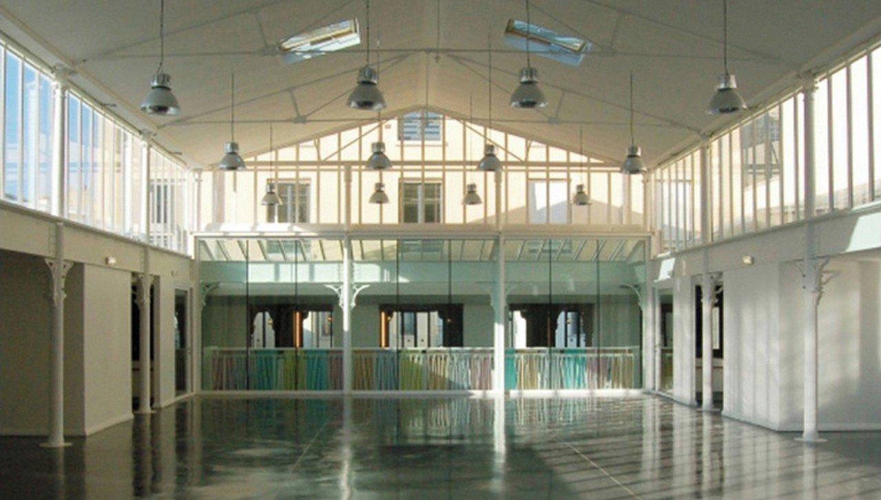 Paris corporate event venues Partyraum La maison des métallos - Light Room image 0