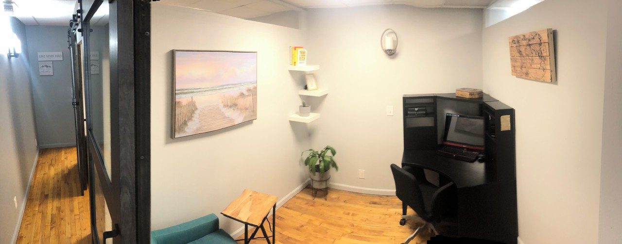 NYC training rooms Coworking space Private office 2 image 5