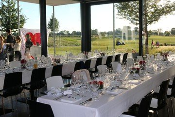 Munich corporate event venues Lieu Atypique OPEN.9 Golf Eichenried image 2