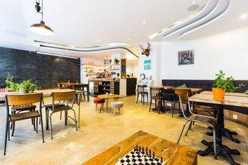 Paris corporate event venues Café Anticafé image 3