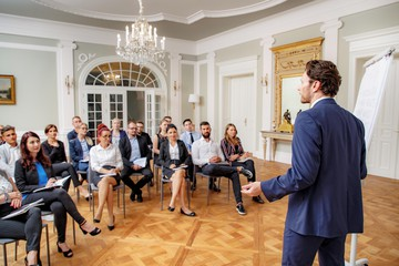 Rest of the World training rooms Historic venue Luxury Venue Near Baltic Sea – Great Hall image 4