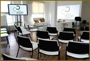 Paris Salles de formation  Meeting room Salle Chêne Liège image 0