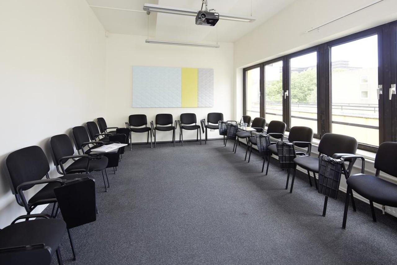 Hamburg Schulungsräume Meeting room Seminar Room 5 image 0