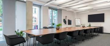 Frankfurt am Main  Coworking Space Moderner Konferenzraum SleevesUp! Frankfurt Gallus