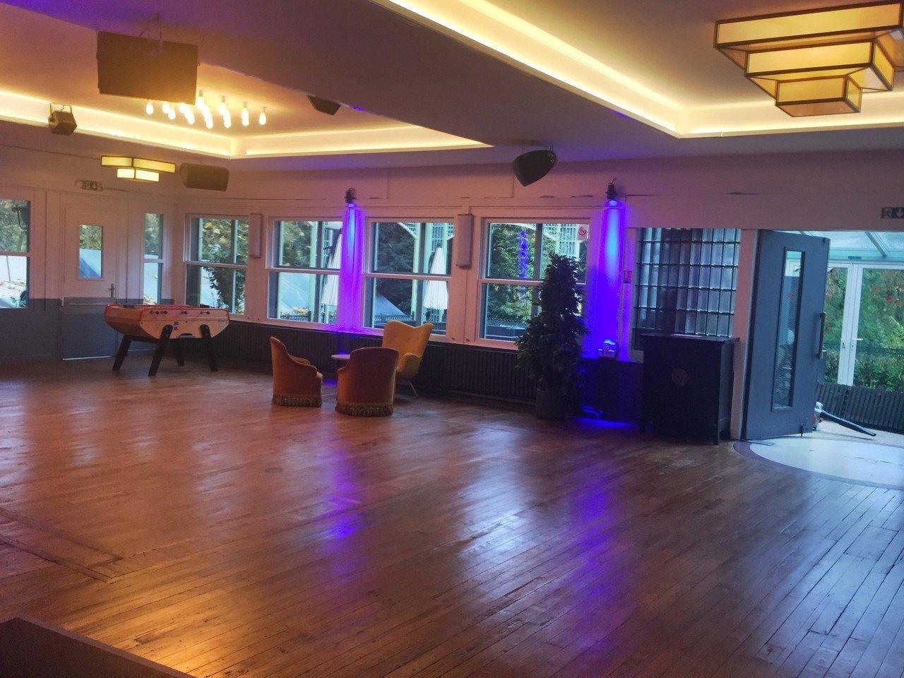 Paris corporate event venues Besonders Le Pavillon Wagram image 3