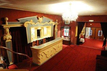 Paris corporate event venues Lieu Atypique La Nouvelle Ève image 11