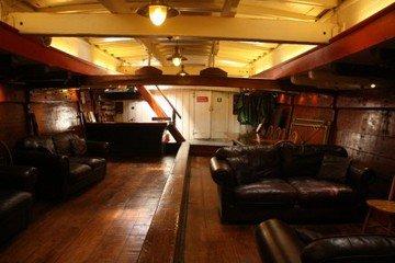 Londres corporate event venues Bateau Lady Daphne image 11