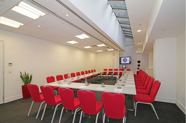 Londres training rooms Salle de réunion America Square - Newgate Suite image 1
