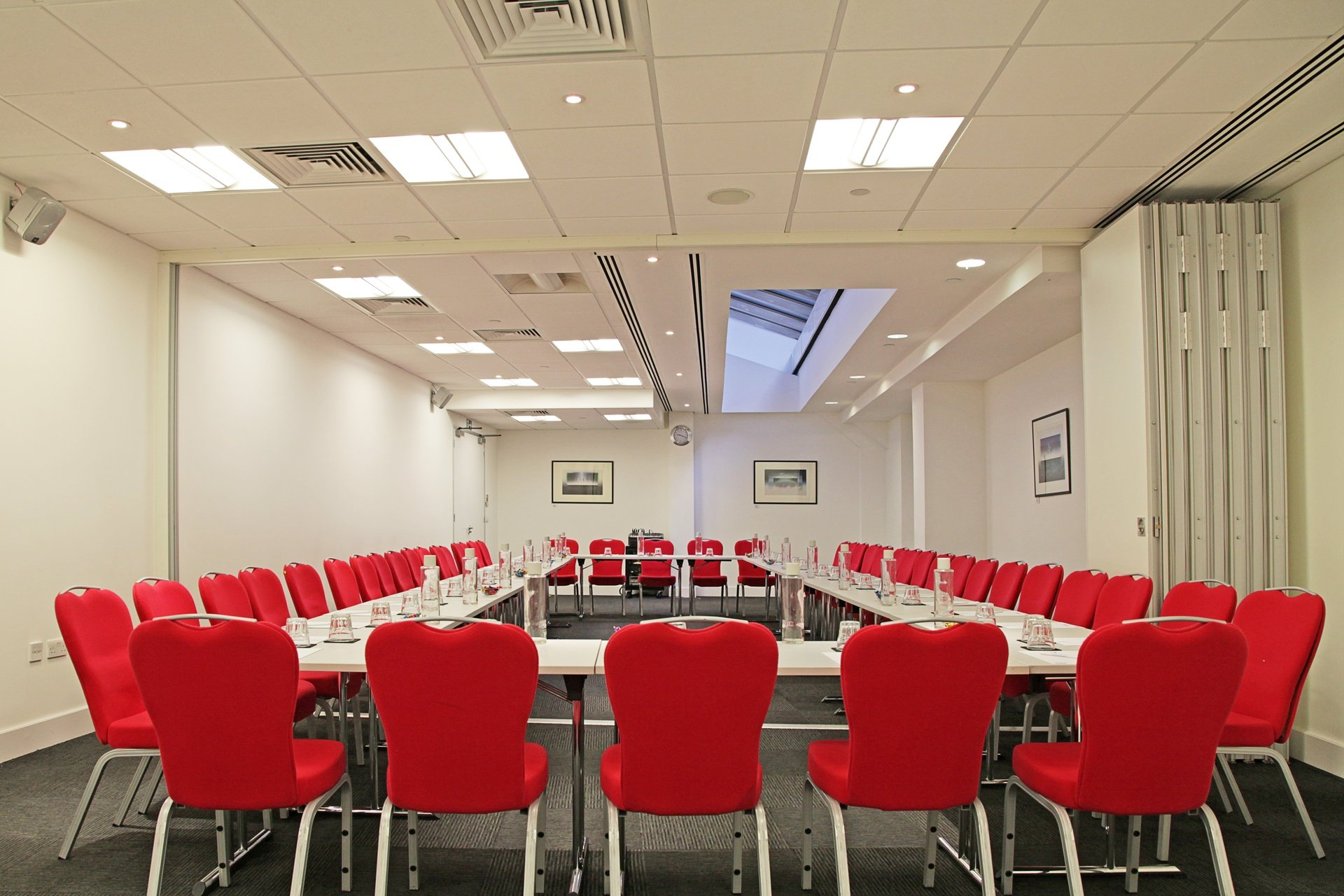 London training rooms Meeting room America Square - Aldgate & Bishopsgate Suite image 0