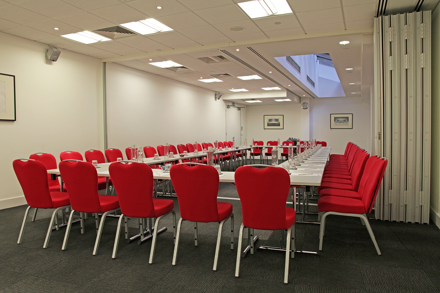 London training rooms Meeting room America Square - Aldgate & Bishopsgate Suite image 3