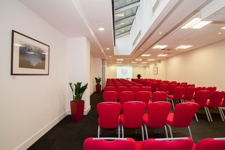 London training rooms Meeting room America Square - Aldgate & Bishopsgate Suite image 8