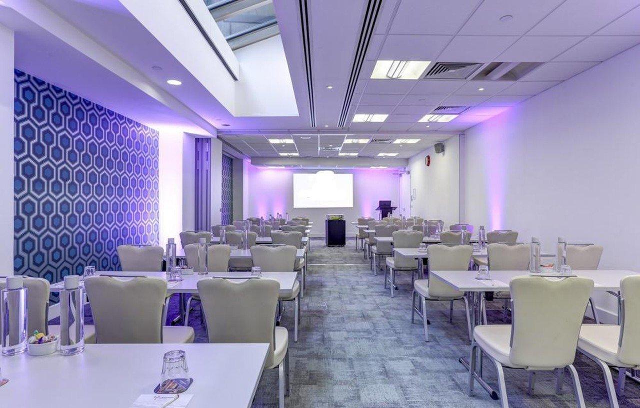 London corporate event venues Meeting room America Square - Aldgate Bishopsgate Suite- Cavendish venues image 2