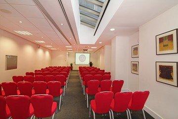 London training rooms Auditorium America Square - Fleet Suite image 2