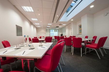 London training rooms Auditorium America Square - Fleet Suite image 5