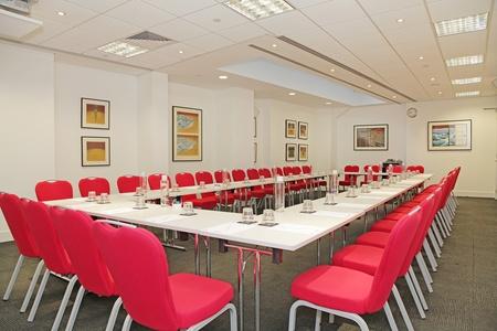 London training rooms Auditorium America Square - Fleet Suite image 10