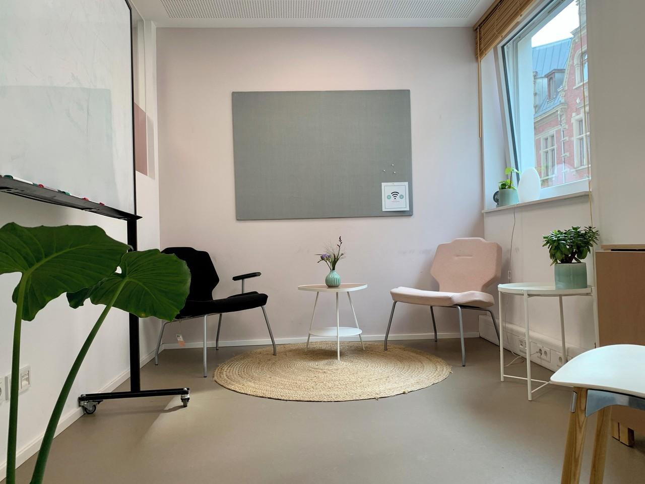 Cologne workshop spaces Coworking space Coachingraum image 0