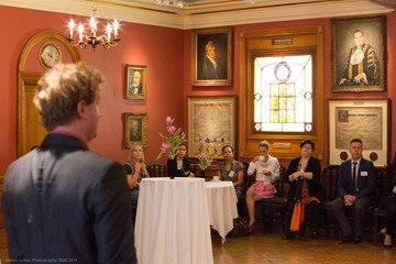 London corporate event venues Historische Gebäude Painters Hall - The Court Room image 0