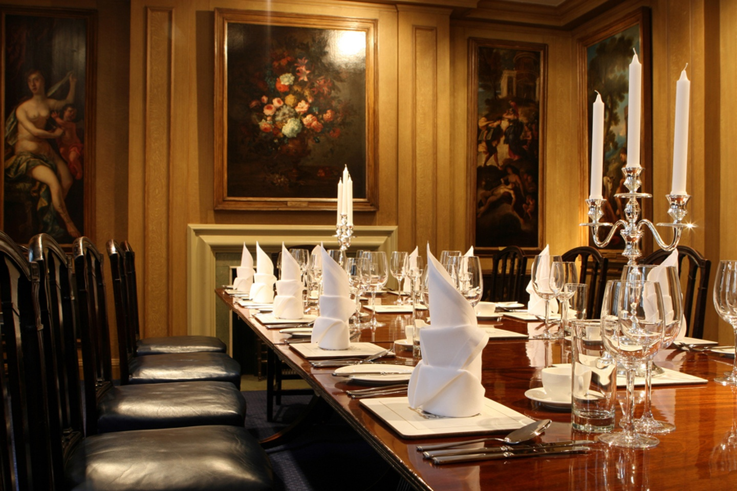 London conference rooms Meeting room Painters Hall - The Painted Chamber Boardroom image 1