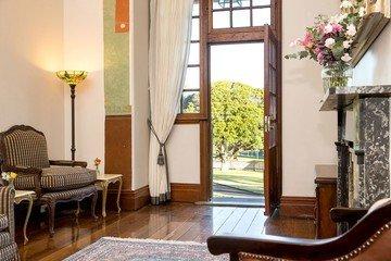 Autres villes workshop spaces Salle de réception Superintendents Residence image 11