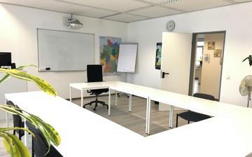 Düsseldorf Schulungsräume Boardroom Schulungs- / Veranstaltungsraum in Düsseldorf 2 image 6
