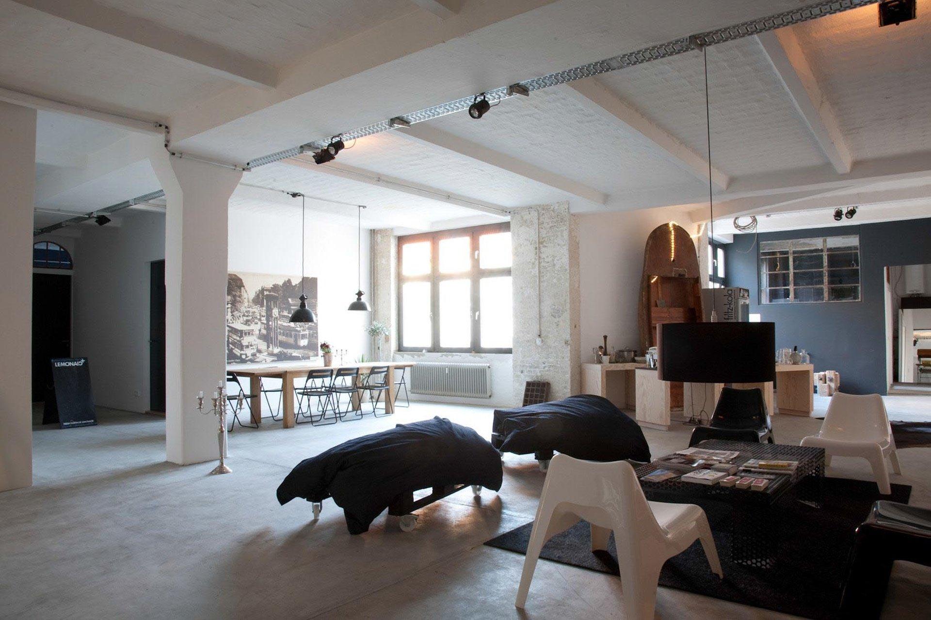 Berlin workshop spaces Loft Storage Berlin Urbanstrasse image 0