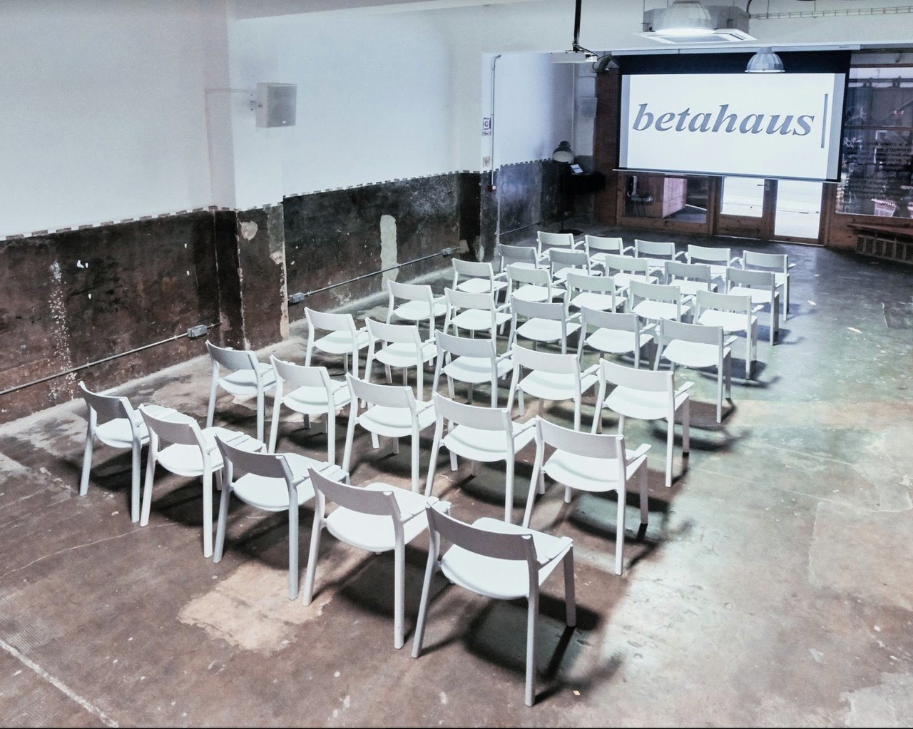 Barcelone training rooms Espace de Coworking Arena image 4