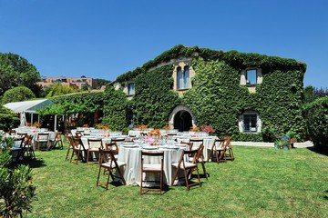 Barcelona corporate event venues Grünfläche Masia Can Tosca image 0