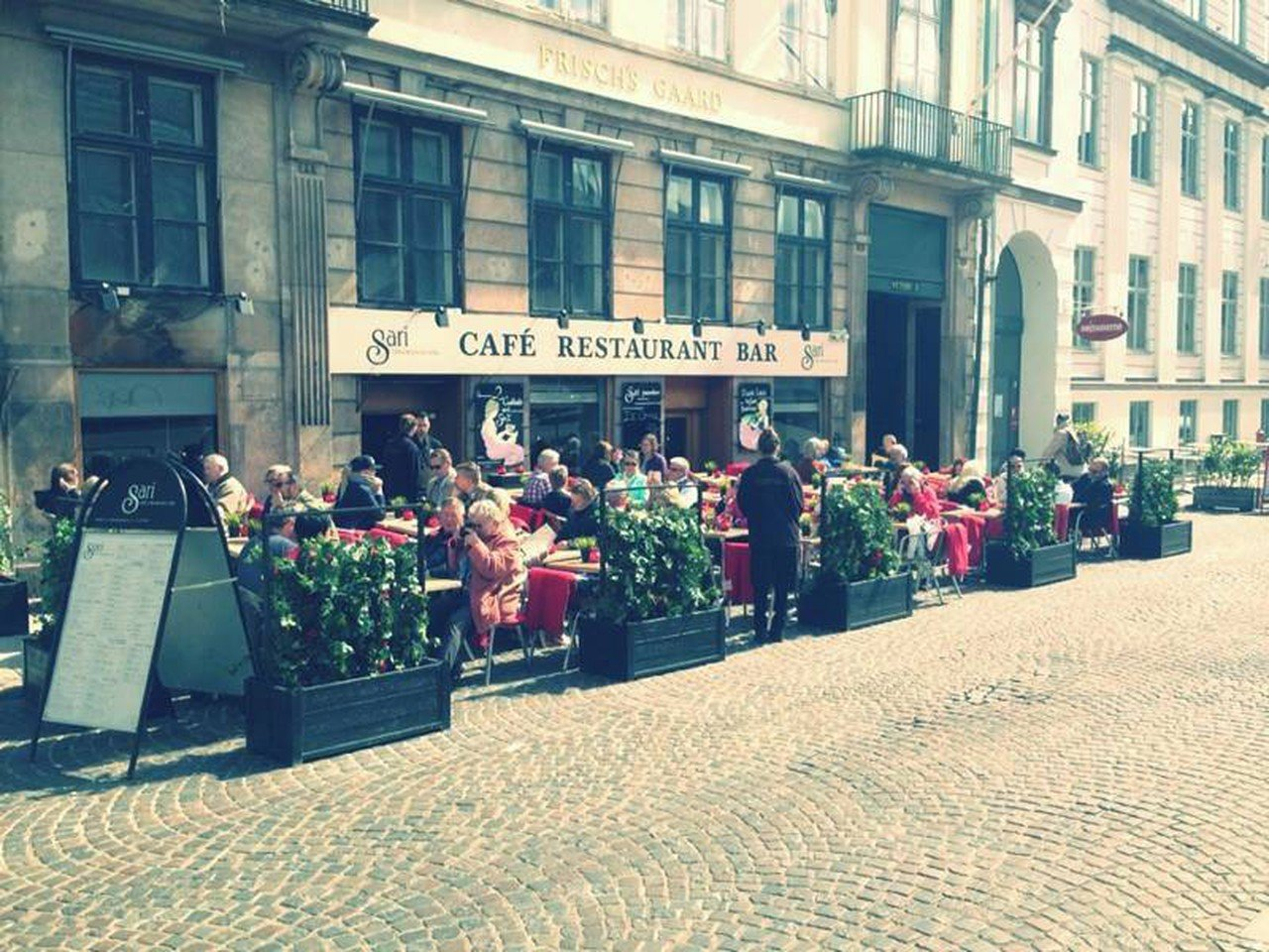 Copenhague corporate event venues Café Cafe Sari image 0