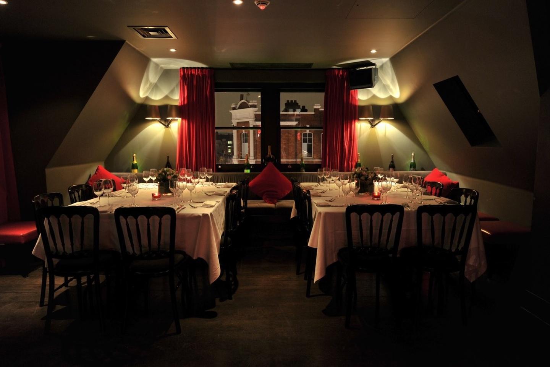 Londres corporate event venues Salle de réception Beaufort House - Penthouse Champagne Bar image 0