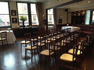 Londres corporate event venues Salle de réception Beaufort House - Member's Lounge image 11
