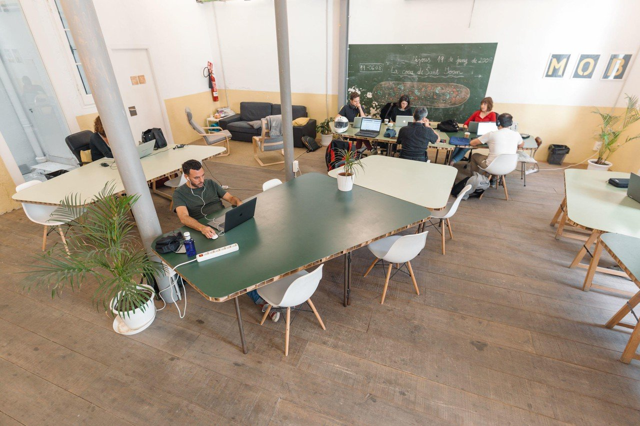 Barcelona training rooms Coworking space Open Space image 0