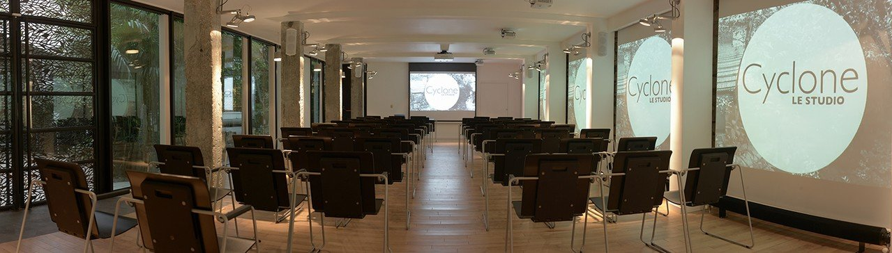 Paris corporate event venues Meetingraum Cyclone - Studio 2 image 1