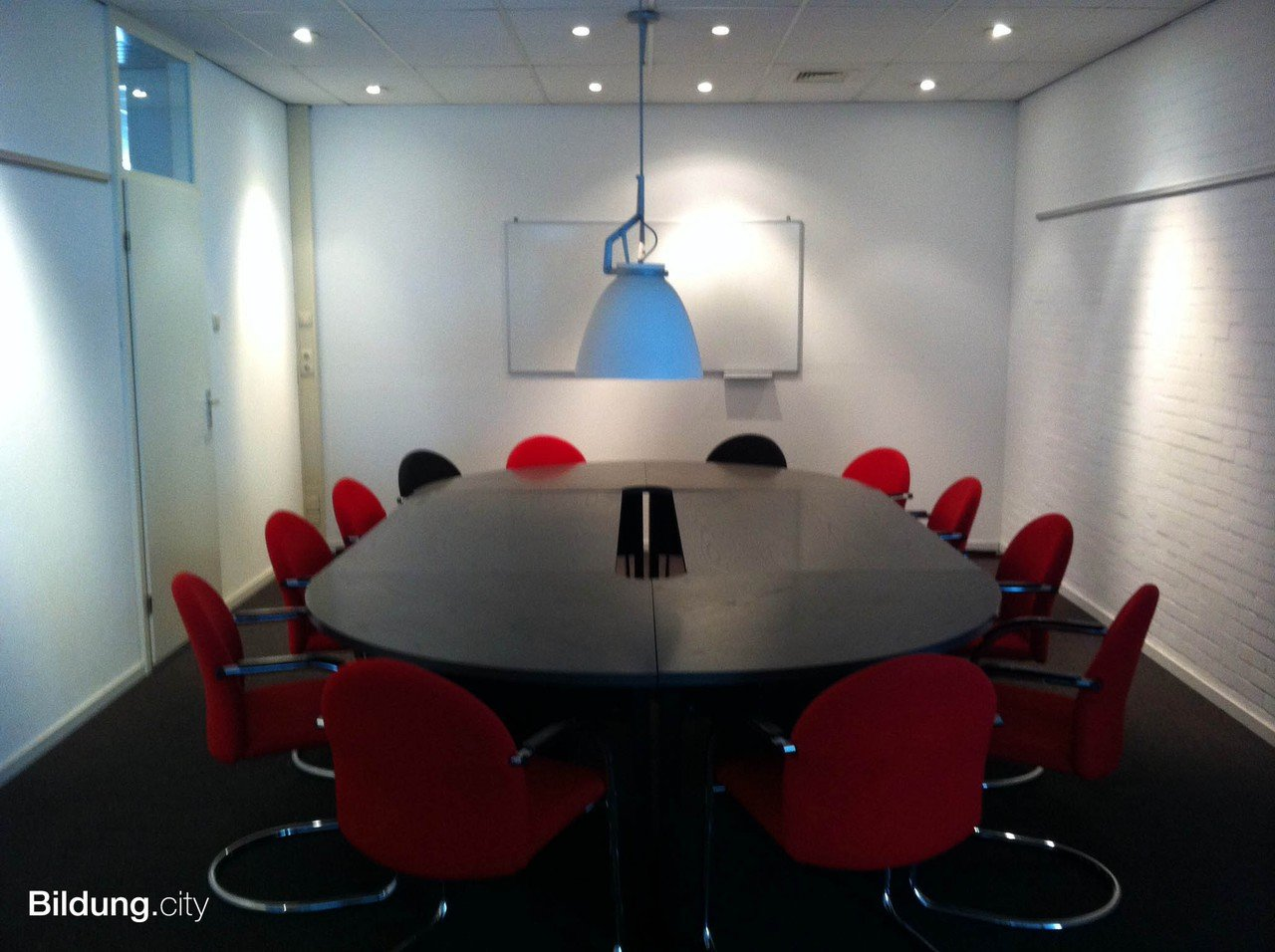 Amsterdam training rooms Meeting room Two board rooms image 0