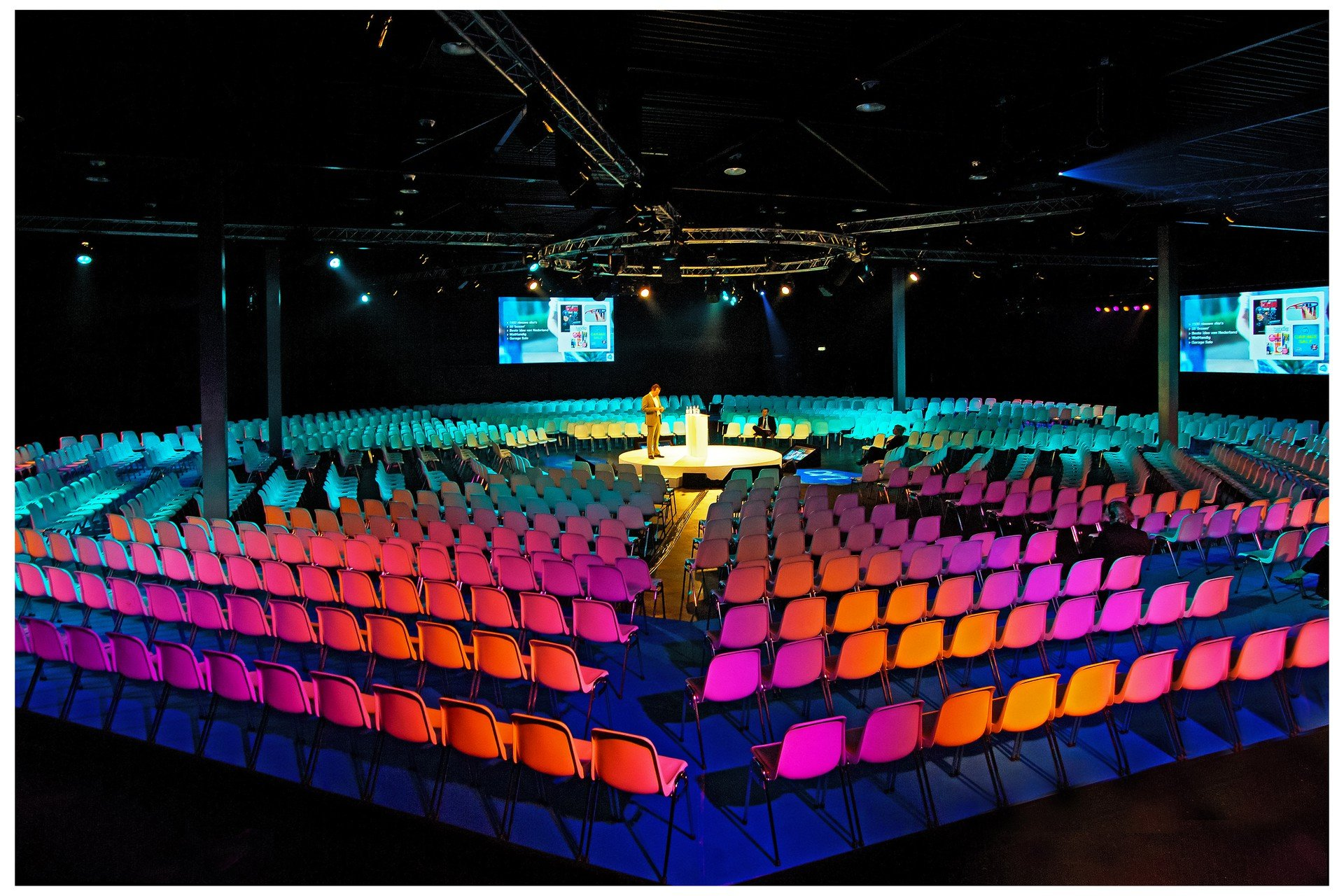 Amsterdam corporate event venues Lieu Atypique Taets Art and Event Park - Black Box image 3