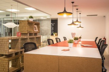 Barcelona Train station meeting rooms Meeting room Talent Garden Barcelona - Open Space image 2