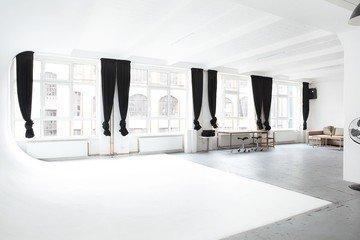 Berlin workshop spaces Photography studio Studio Chérie / Studio 1  image 6
