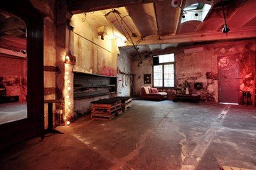 Barcelona corporate event venues Industrial space The Abandoned Workshop image 0