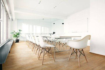 Hamburg Train station meeting rooms Espace de Coworking Lilienhof - Alsterblick image 2